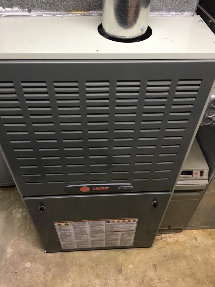 Installing a brand new Trane XL 2 stage furnace in Morton grove  in Ponto Dr, Morton Grove, IL, USA.