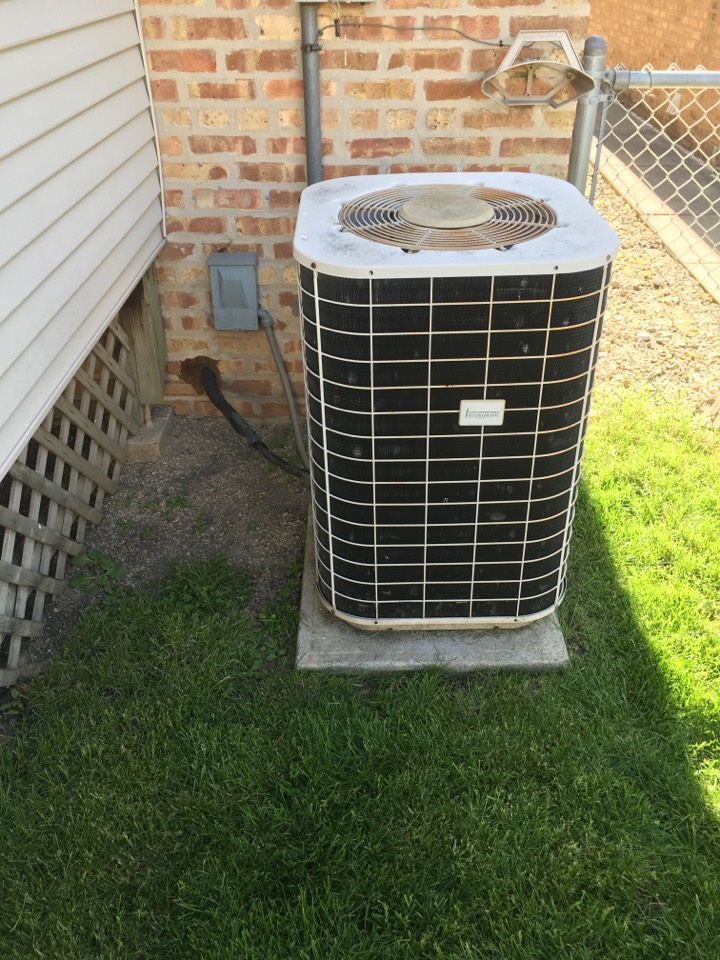 Just finish selling a Brand new Trane xr condenser and replacing the old unit in N Oconto Ave, Chicago, IL, USA.